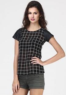 Black and White color checks top
