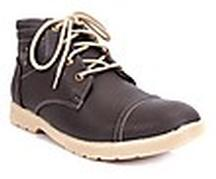 Grab Men Black Boots at Just Rs 999 Only