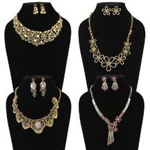 Get Necklace Set at just Rs 1299 Only