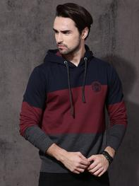 Men Maroon & Navy Blue Colourblocked Hooded Sweatshirt