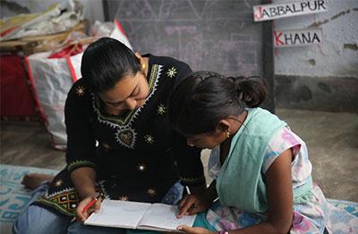 Volunteers Teaching